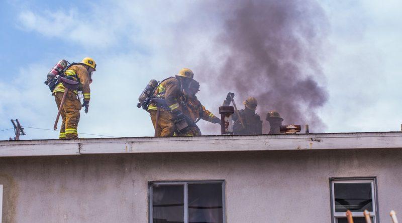 Co je státní požární dozor oprávněn při kontrolách dělat?