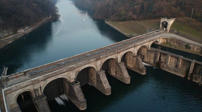 Největší zajímavosti o českých vodních elektrárnách
